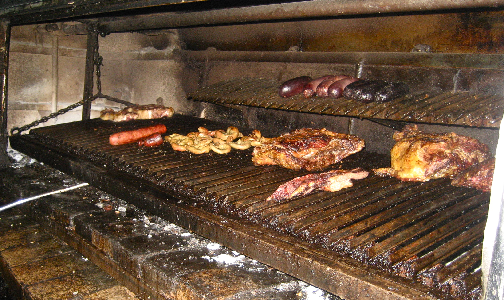 Argentine parrilla grill related keywords argentine - Barbecue argentin ...